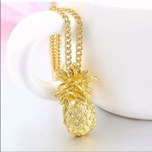 🎉5 for $25🎉  Gold Pineapple Necklace